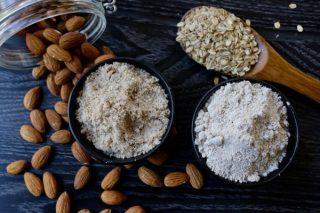 bột mì và bột yến mạch