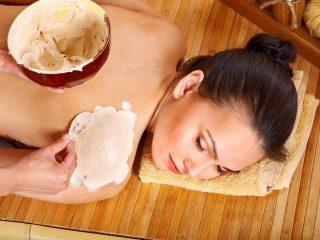Cách trộn kem lột trắng da toàn thân